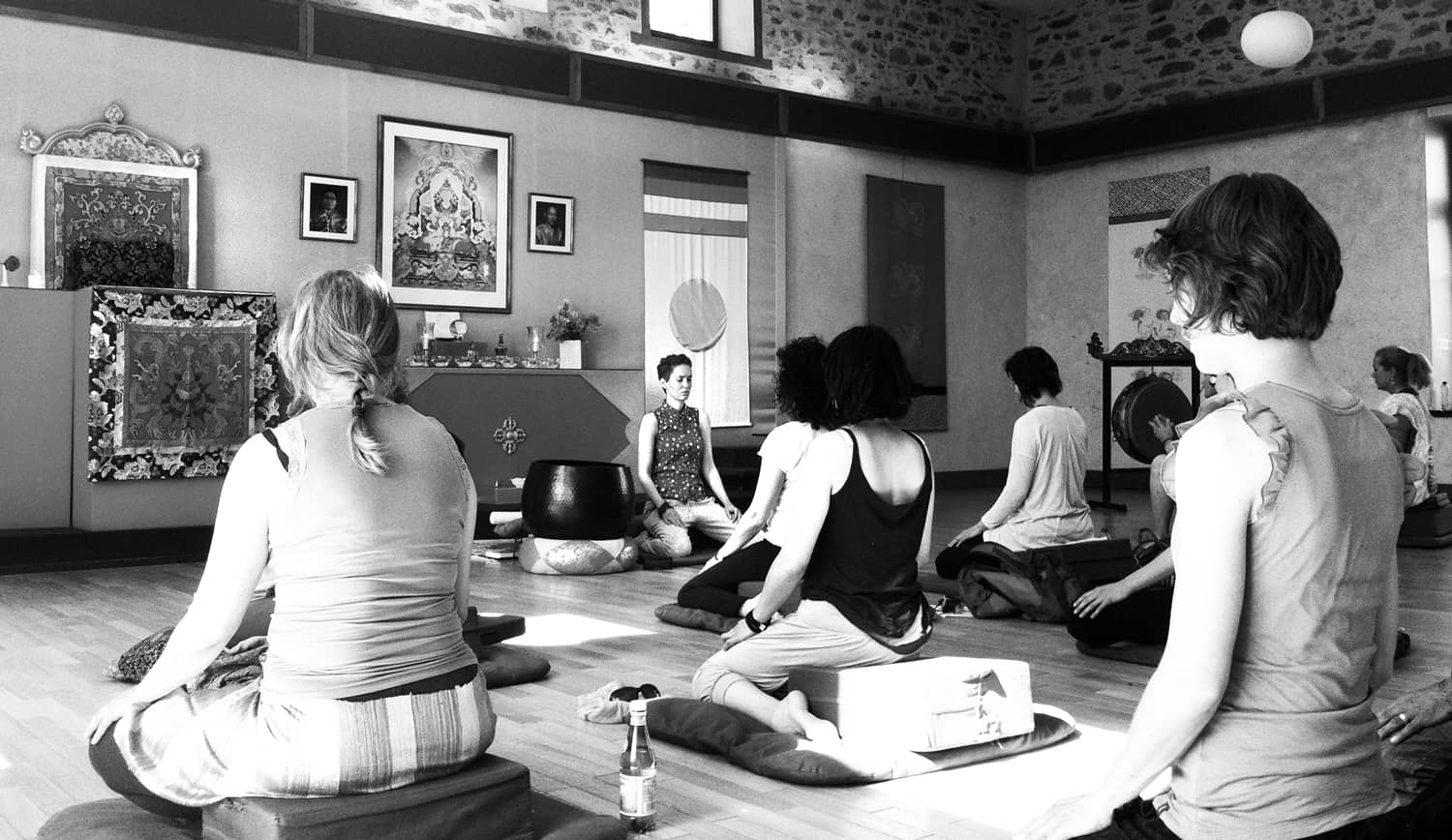 yoga-meditation-writing-retreat-france